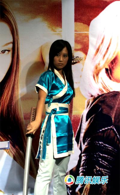 动作大片《生死格斗》美女cosplay助阵! 中关村在线
